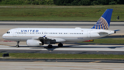 N445UA - Airbus A320-232 - United Airlines