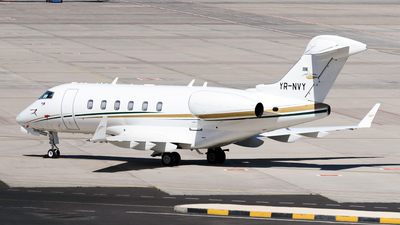 A picture of YRNVY - Bombardier Challenger 300 - [20402] - © Ses