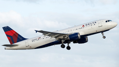 A picture of N329NW - Airbus A320211 - Delta Air Lines - © Orlando Suarez