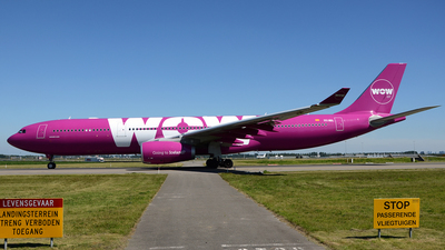 EC-MIO - Airbus A330-343 - WOW Air