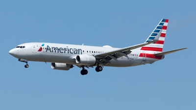 A picture of N975AN - Boeing 737823 - American Airlines - © Yixin Chen