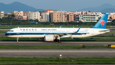 A picture of B30F7 - Airbus A321253NX - China Southern Airlines - © Lazy Clutch