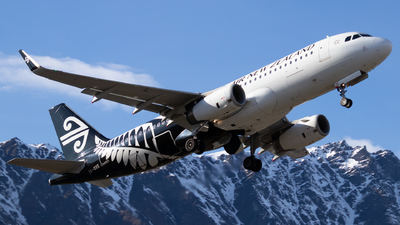 ZK-OXE - Airbus A320-232 - Air New Zealand