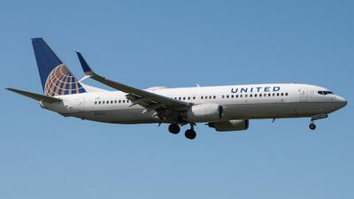 N76254 - Boeing 737-824 - United Airlines