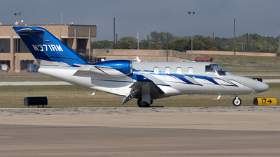 A picture of N371RM - Cessna 525 Citation M2 - [5250900] - © Yixin Chen