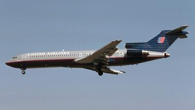 N7251U - Boeing 727-222(Adv) - United Airlines