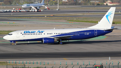 YR-BMF - Boeing 737-8Q8 - Blue Air
