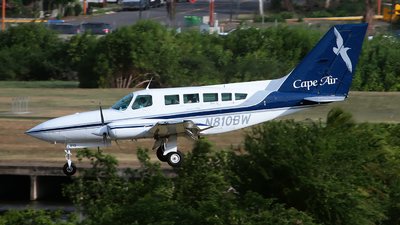 A picture of N810BW - Cessna 402C - Cape Air - © Angel Natal