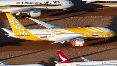 A picture of 9VOFB - Boeing 7878 Dreamliner - Scoot - © Mitch Coad