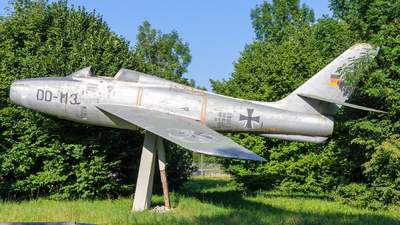 DD-113 - Republic F-84F Thunderstreak - Germany - Air Force