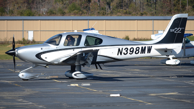 N398MW - Cirrus SR22-GTS - Private