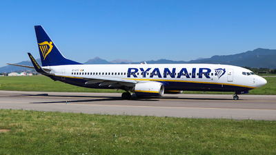 A picture of EIDYF - Boeing 7378AS - Ryanair - © Gian Pietro Bardizza