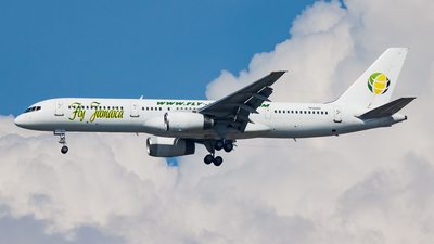 N524AT - Boeing 757-23N - Fly Jamaica