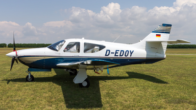 A picture of DEDOY - Rockwell Commander 114TC - [20031] - © Peter Tolnai