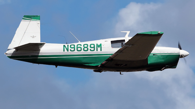 N9689M - Mooney M20C - Private