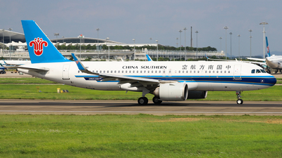 A picture of B309Y - Airbus A320251N - China Southern Airlines - © Captain Lorca