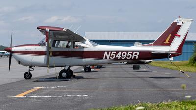 N5495R - Cessna 172F Skyhawk - Private