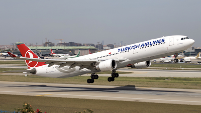 TC-JOA - Airbus A330-303 - Turkish Airlines