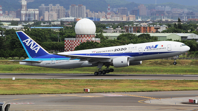 A picture of JA745A - Boeing 777281(ER) - All Nippon Airways - © mobfeng