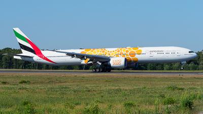 A picture of A6ECU - Boeing 77731H(ER) - Emirates - © Stefan Schmitz