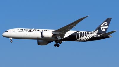 ZK-NZJ - Boeing 787-9 Dreamliner - Air New Zealand