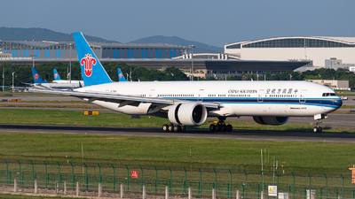 A picture of B7588 - Boeing 77731B(ER) - China Southern Airlines - © Shiori Daredemo Daisuki