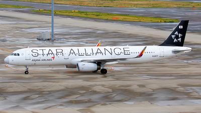 HL8071 - Airbus A321-231 - Asiana Airlines