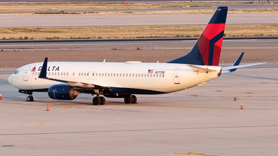 A picture of N377DE - Boeing 7378EH - Delta Air Lines - © Yixin Chen