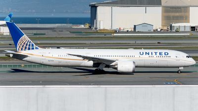 A picture of N27958 - Boeing 7879 Dreamliner - United Airlines - © global_flyer1