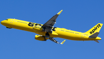 A picture of N674NK - Airbus A321231 - Spirit Airlines - © Alec Mollenhauer