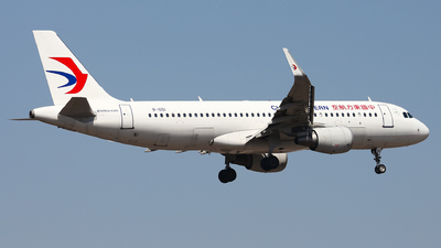 B-1051 - Airbus A320-214 - China Eastern Airlines