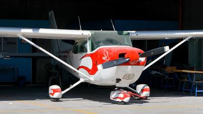 TG-ISC - Cessna R172K Hawk XP - Private