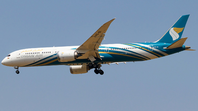 A picture of A4OSI - Boeing 7879 Dreamliner - Oman Air - © Hassaan Ali Khan