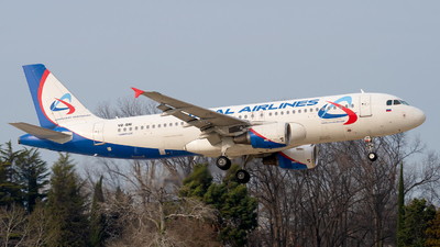 A picture of VQBNI - Airbus A320214 - Ural Airlines - © Alexander Lebedev