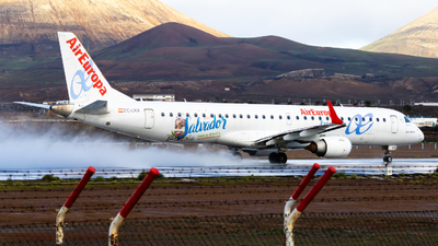 A picture of ECLKX - Embraer E195LR - Air Europa - © aaron_gcrr