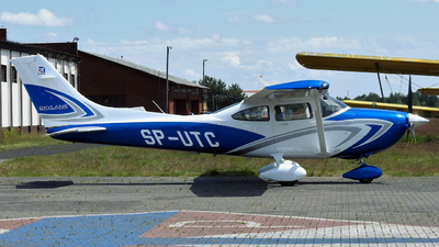 SP-UTC - Cessna 182T Skylane - Private