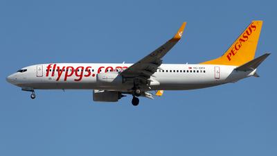 TC-CPY - Boeing 737-8H6 - Pegasus Airlines