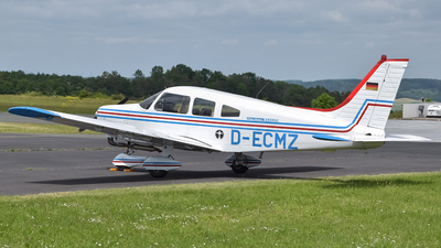 D-ECMZ - Piper PA-28-151 Cherokee Warrior - Private