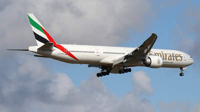 A6-EPR - Boeing 777-31HER - Emirates
