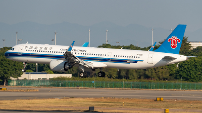 B-30E1 - Airbus A321-253NX - China Southern Airlines