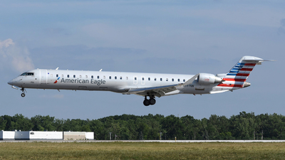 A picture of N597NN - Mitsubishi CRJ900LR - American Airlines - © DJ Reed - OPShots Photo Team