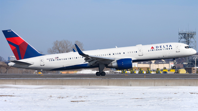 A picture of N543US - Boeing 757251 - Delta Air Lines - © mskinner04