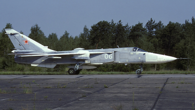 06 - Sukhoi Su-24MR Fencer - Russia - Air Force