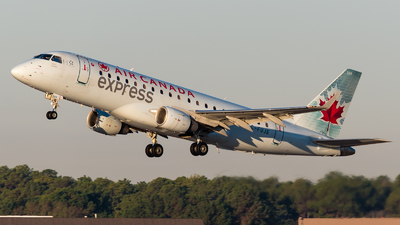A picture of CFUJE - Embraer E175SU - Air Canada - © Positive Rate Photography