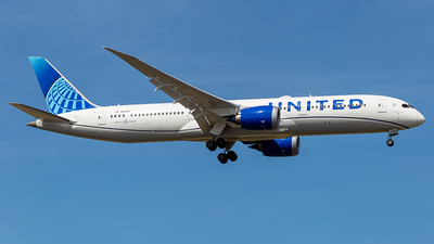 N24980 - Boeing 787-9 Dreamliner - United Airlines