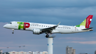 A picture of CSTPR - Embraer E190LR - TAP Express - © Aaron Vancoillie