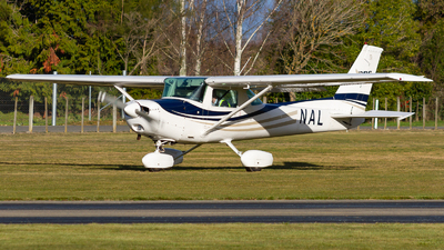 A picture of ZKNAL - Cessna 152 -  - © Cody Forward