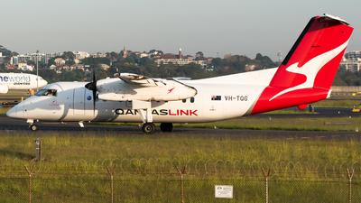 A picture of VHTQG - De Havilland Canada Dash 8200 - Qantas - © Gus Fuller