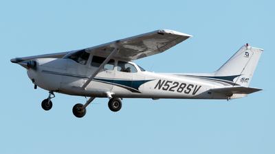 A picture of N528SV - Cessna 172S Skyhawk SP - [172S9754] - © Connor Ochs