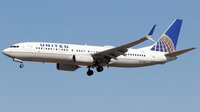 A picture of N77535 - Boeing 737824 - United Airlines - © AviaStar Photography